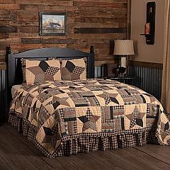 Bingham Star King Quilt Set; 1-Quilt 110Wx97L w/2 Shams 21x37