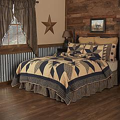 Dakota Star King Quilt 105Wx95L