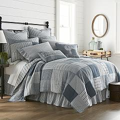 Sawyer Mill Blue Luxury King Quilt 120Wx105L