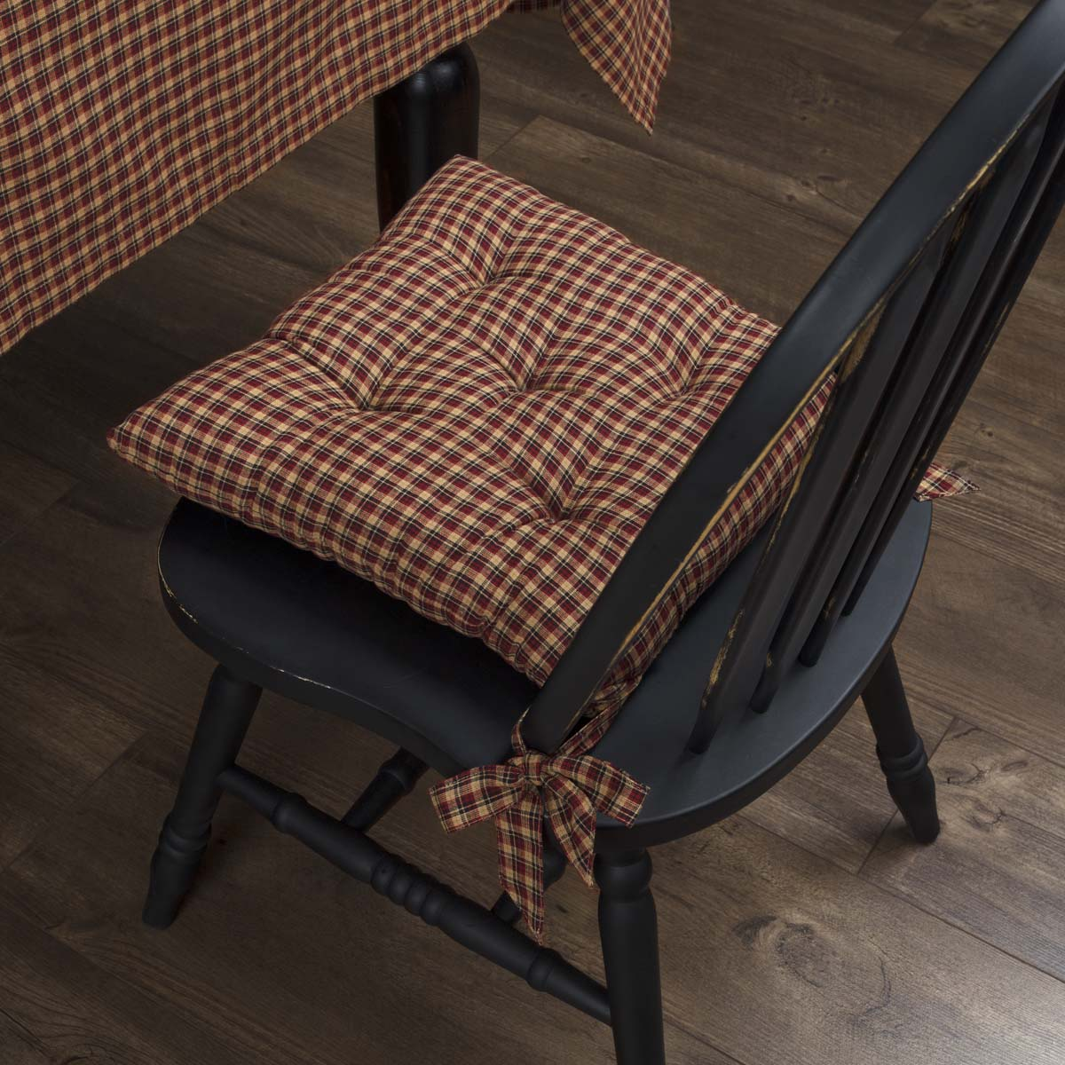 Patriotic-Patch-Plaid-Chair-Pad-image-1