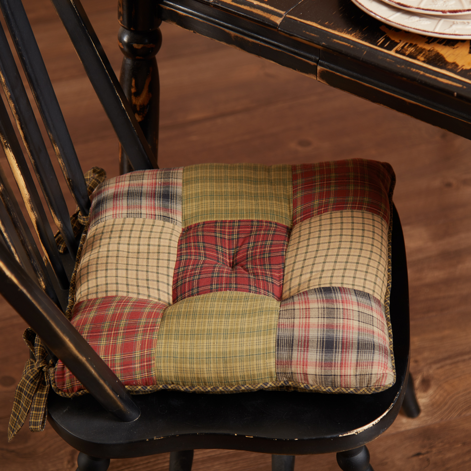 Tea-Cabin-Chair-Pad-Patchwork-image-1
